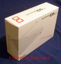 Nintendo DS Lite Polar White Box Front 200px