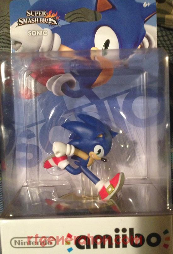 Amiibo: Super Smash Bros.: Sonic  Box Front Image